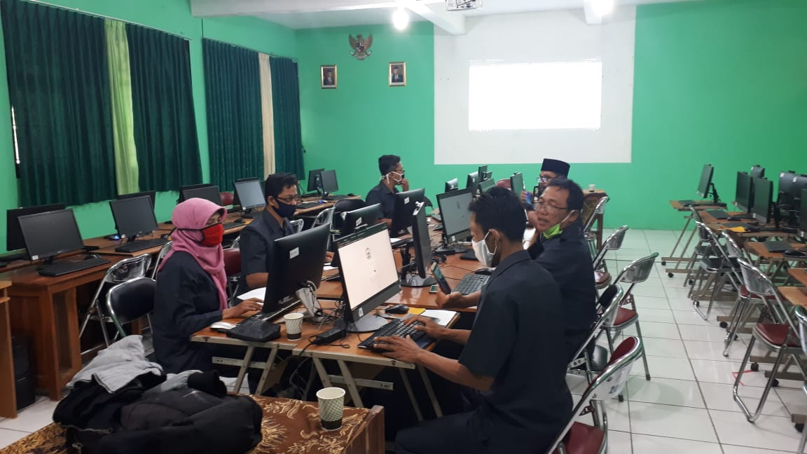 Pelatihan Website SMP Negeri 3 Mranggen